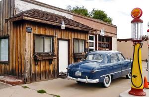 kakim-benzinom-zapravlyat-avtomobil