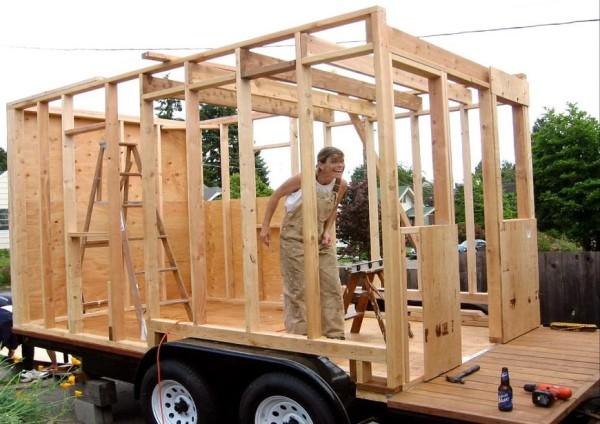 Строим дом на колесах