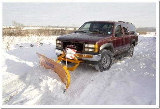 Специальное навесное оборудование для тракторов