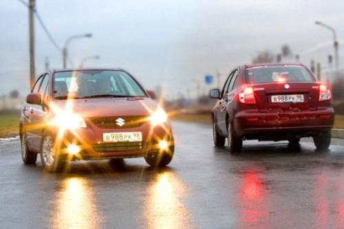 Suzuki SX4: как заменить лампу поворота
