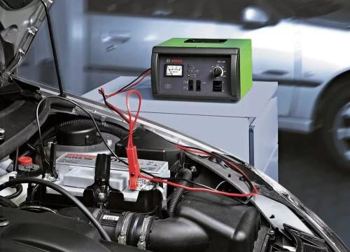 Сколько времени надо заряжать автомобильный аккумулятор