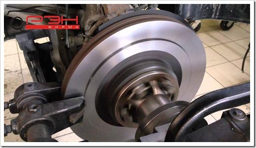Как выполняют проточку тормозных дисков профессионалы?
