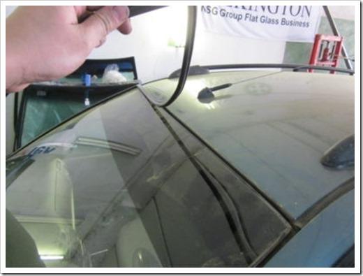 Последовательность действий при замене молдинга лобового стекла