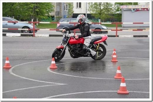 Как сдают экзамен на вождение мотоцикла?
